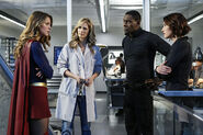 3.Supergirl Medusa Kara, Eliza, J'onn & Alex