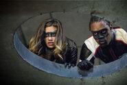 14.Arrow Honor Thy Fathers Dinah Drake et Mr. Terrific