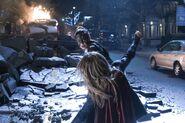 15.Supergirl Reign Supergirl face à Reign