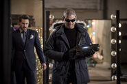13.the flash the new rogues Sam Scudder & captain cold