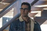19.The Flash-elseworlds-part1-Clark Kent