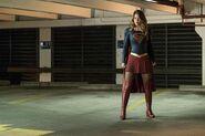 12.Supergirl Changing Supergirl