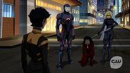 Vixen, Black Canary, kuasa et ATOM 2.04