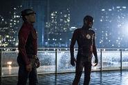 10.The Flash The Present- Jay Garrick-3 et The Flash