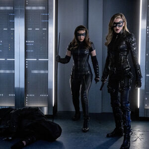 10.Arrow-You Have Saved This City-Black Canary (Drake et Laurel II).jpg