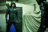 Arrow-Midseason-Premier-Photos-Show-Olive-Queen-Face-Prometheus-with-Mister-Terrific-and-Felicity-5