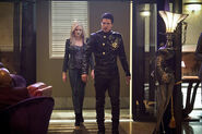 9.the-flash-episode-welcome-earth-2-killer-death