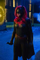 27.Arrow-elseworlds-part2-Batwoman