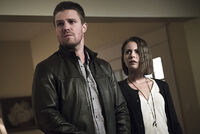 Arrow-crossover-legends-yesterday-thea.jpg