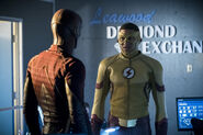 3.The Flash Borrowing Problems From the Future Flash & Kid Flash