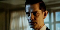 James-Frain-in-Gotham1