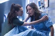 4.Supergirl-Of Two Minds-Lena et Sam