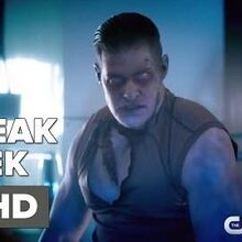 The Flash 2x21 Sneak Peek 2 Season 2 Episode 21 Sneak Peek 2