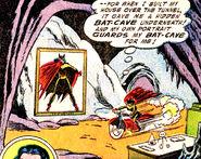Batwoman-cave comics