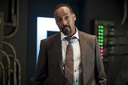 16.The Flash The Present-Joe West.jpg