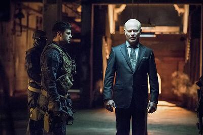 Arrow-season-3-premiere-darhk