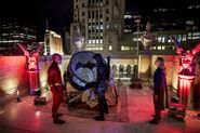 17.Arrow-elseworlds-part2-Oliver(Flash, Barry(GreenArrow) et Supergirl