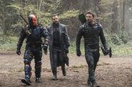 13.Arrow Lian Yu Deathstroke, Digger Harkness et Oliver Queen