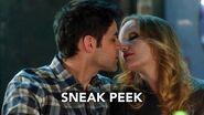 "Supergirl 2x15 Sneak Peek 4 ""Exodus"" (HD) Season 2 Episode 15 Sneak Peek 4"