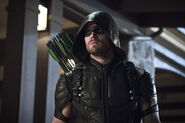 1.arrow-blood-debt-episode-costume