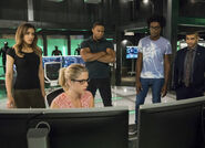 12.Arrow next of kin Dinah, Diggle, Felicity, Curtis et Rene