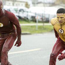 10.The-Flash-Untouchable-Flash et Kid Flash.jpg