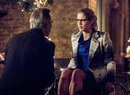 14.arrow-season-4-episode-sins-father-felicity