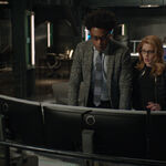 2.Arrow-You Have Saved This City-Curtis et Felicity.jpg