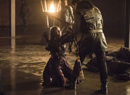 9.arrow-season-4-episode-sins-father-loose