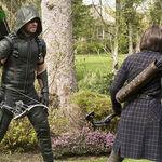 12.arrow Lost in the Flood-green Arrow et Thea.jpg