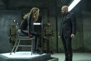 7.Supergirl The House of L Red Daughter et Lex Luthor