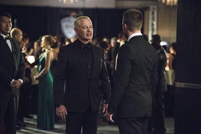 Arrow-brotherhood-episode-damien