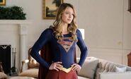 Supergirl-season-4-oval-office-1132855
