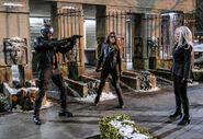 10.Arrow The Sin-Eater Spartan, Dinah Drake et China White