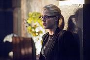 6.Arrow Beacon of Hope Felicity SMoak