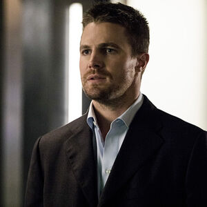 1.Arrow What We Leave Behind Oliver Queen.jpg