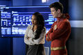 2.The Flash-All Doll'd Up- Iris et Flash