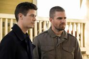 11.The Flash-elseworlds-part1-Barry Allen et Oliver Queen