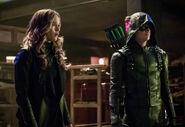 19.Arrow-elseworlds-part2-Killer Frost et Barry (GreenArrow)