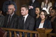 23.Arrow Broken Hearts Oliver, Diggle et Thea