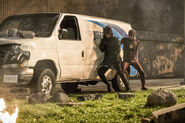 27.The Flash Invasion The Flash & Green Arrow