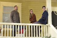 16.The Flash-elseworlds-part1-Oliver, Kara et Barry