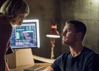 Arrow-season-3-premiere-olicity