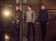 1.arrow-season-4-episode-sins-father-hangar