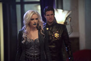 11.the-flash-episode-welcome-earth-2-deathstorm