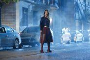 2.Supergirl Changing Supergirl