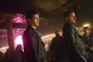 14.Supergirl-elseworlds-part3-Barry et Oliver