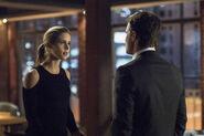 2.Arrow Dangerous Liaisons Felicity et Oliver