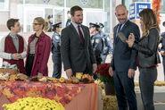 3.Thanksgiving Arrow William, Felicity, Oliver, Quentin et Dinah