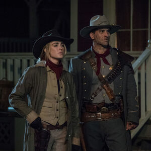 1.LOT-The Good, The Bad and the Cuddly-Sara et Jonah Hex.jpg